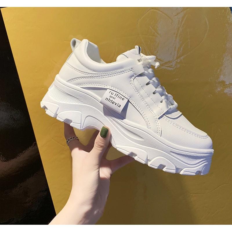 ?SALE?MARIAN รองเท้าผ้าใบ รองเท้าแฟชั่น รองเท้าผ้าใบผู้หญิง เสริมส้น 5 ซม. A0193 สีขาว พร้อมส่ง