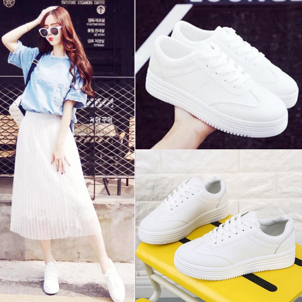 รองเท้าผ้าใบขาวล้วนเสริมส้น หนังนิ่ม ทรงน่ารัก แฟชั่นเกาหลี ใส่ได้ทุกแนว เบอร์ 35-40.