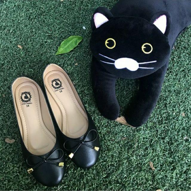 รองเท้าคัชชูสีดำส้นแบน