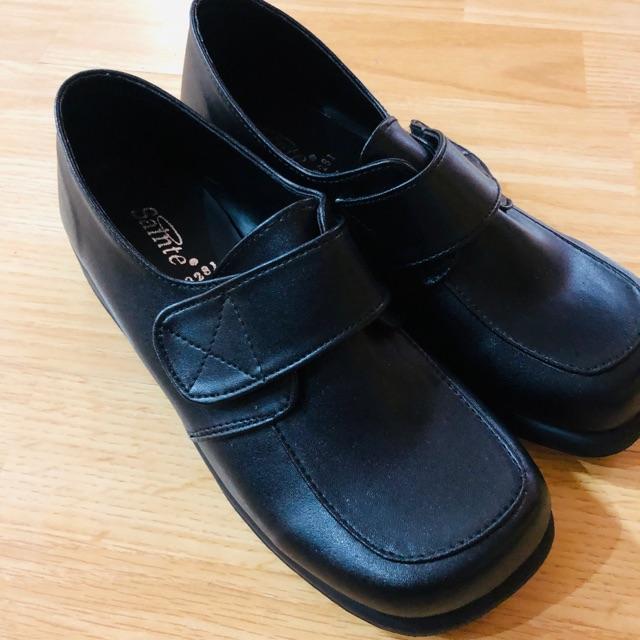 รองเท้าคัชชู เด็กโต ใส่ไปเรียนได้  เบอร์37 sainte