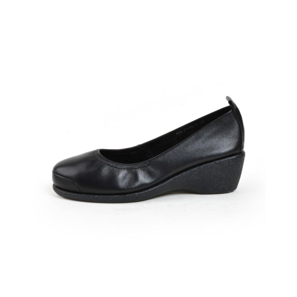 รองเท้าคัชชูหนัง หัวมน ส้นเตารีด POLO CLUB รุ่น P1650 สีดำ