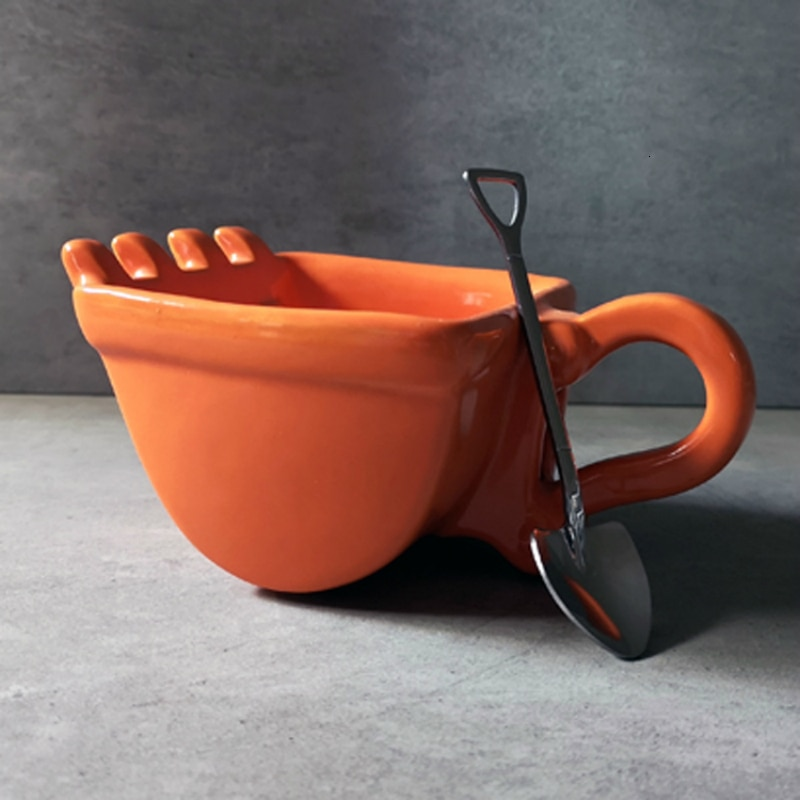 Personality Excavator Bucket Coffee Mug Shovel Spoon Amusing Ceramics Navvy Tea Cup Verre Crane Cigarette Holder Ashtray