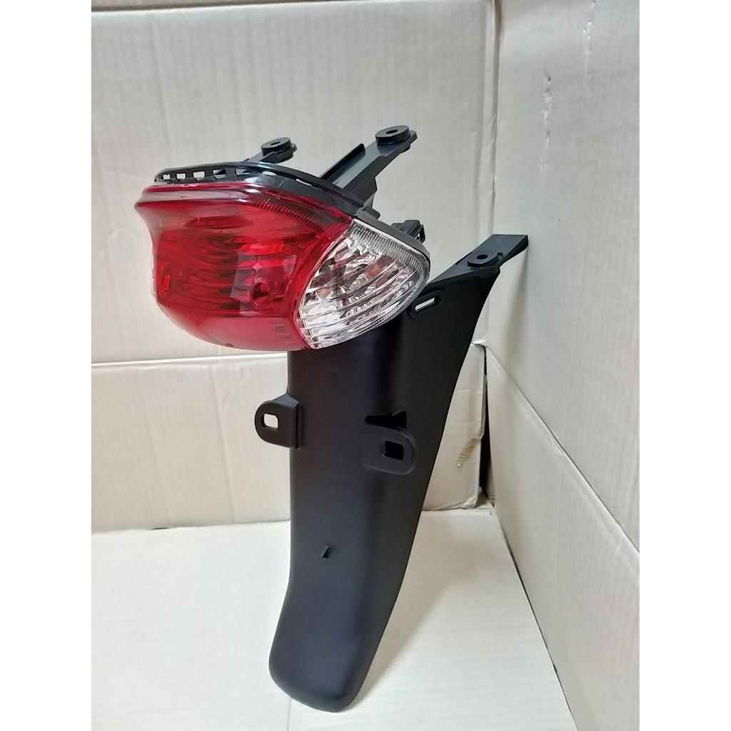 ไฟท้าย พร้อมบังโคลนหลังชุด DREAM-EXCES, C100P ปี 2001 (สีแดง, สีใส)#HMA BRAND