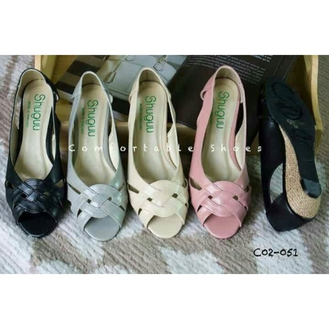 รองเท้าคัชชู (ดำ/เทา/ครีม/ชมพู)🌈