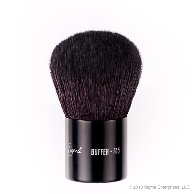 Sigma Beauty F45 - BUFFER - Large, soft with a short handle