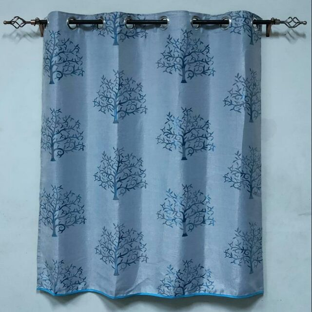 ผ้าม่านหน้าต่าง  ผ้าม่านสำเร็จรูปแบบเจาะตาไก่  สีฟ้าลายต้นไม้