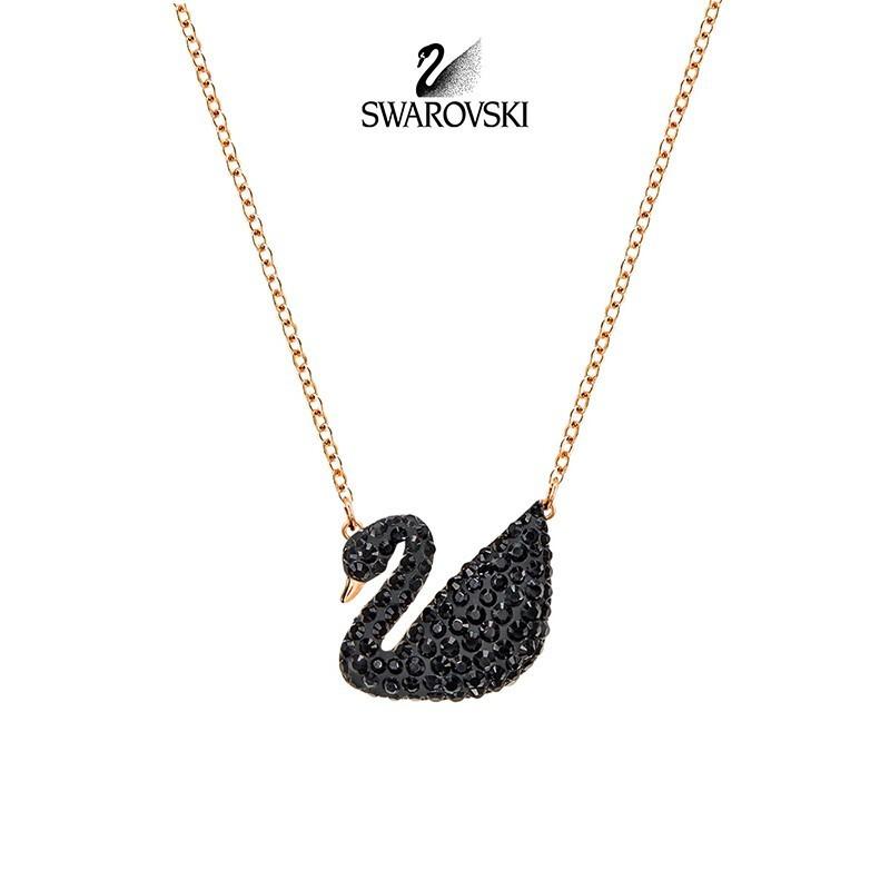 🔥ผลิตภัณฑ์ชั้นดี🔥SWAROVSKI สร้อยคอ Swarovski แฟชั่นขนาดใหญ่กุหลาบทองสีดำหงส์สร้อยคอ ของขวัญแฟนสาว🔥🔥🔥