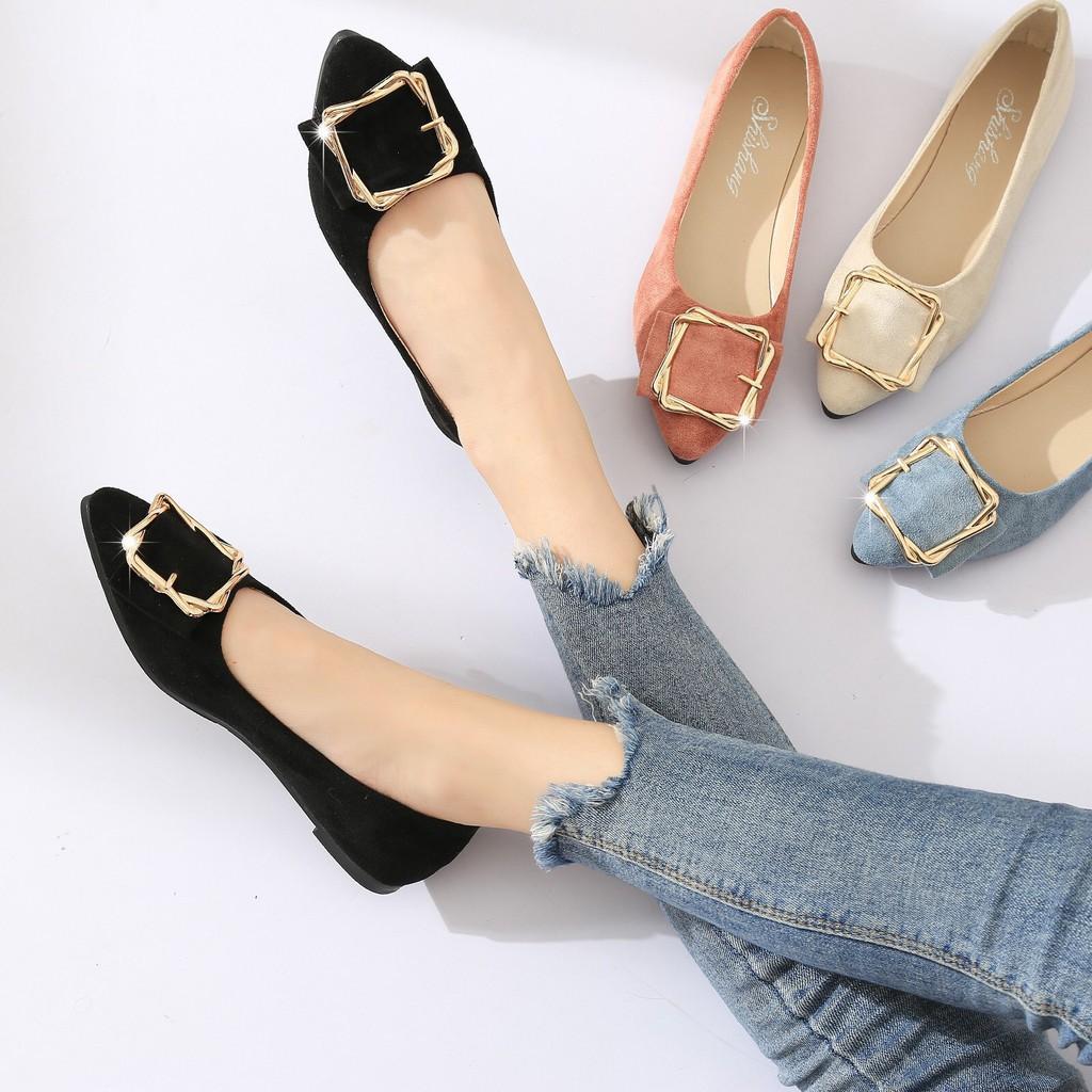 รองเท้าผู้หญิง รองเท้าคัชชู รองเท้าหุ้มส้น หัวแหลม คาดเข็มขัด ผ้ากำมะหยี่ No.881