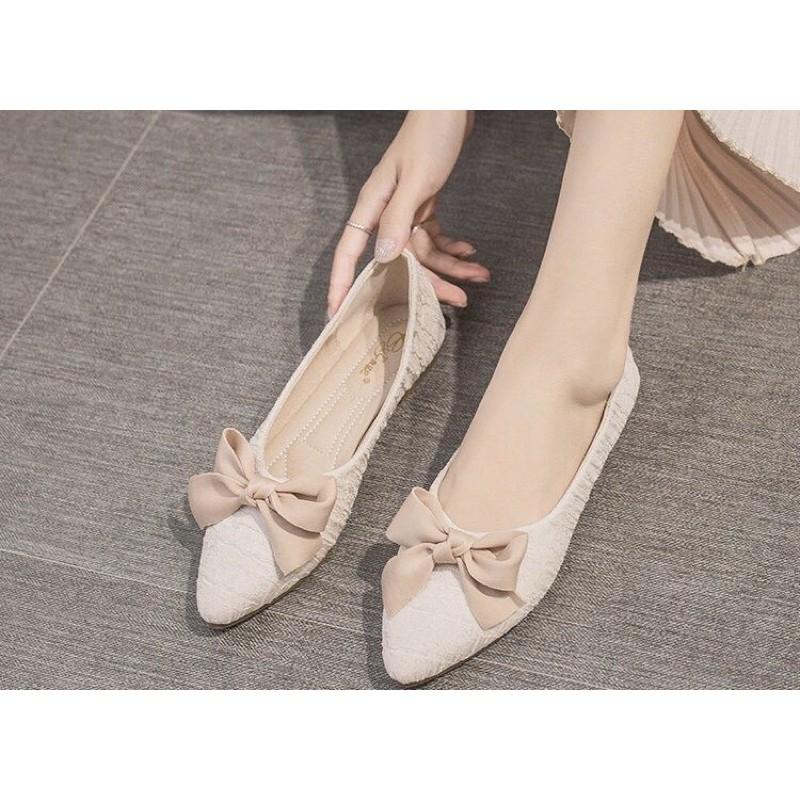 รองเท้าคัชชูหัวแหลมผู้หญิงสไตล์เกาหลีแบนคันธนู ไซส์37