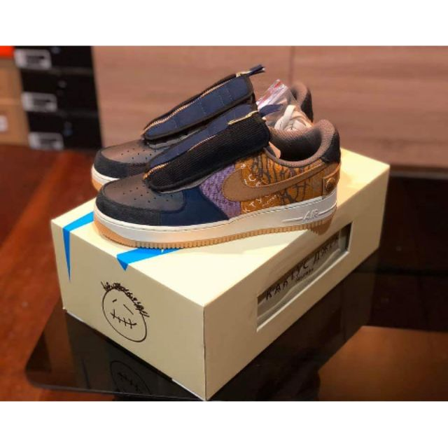 Nike Air Force 1 Low  x Travis Scott Cactus Jack