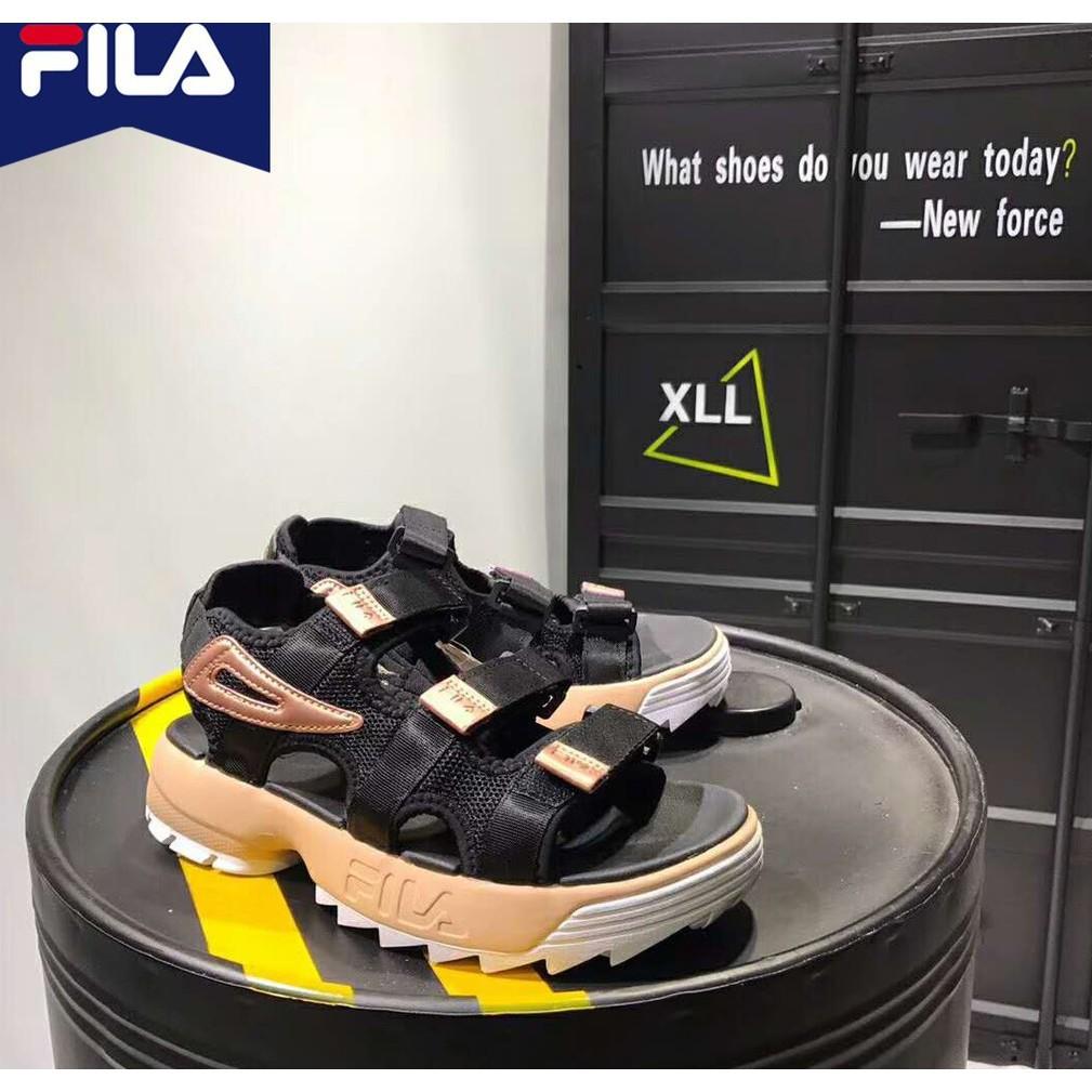 Fila DISRUPTOR 2 รองเท้าแตะสำหรับผู้ชายผู้หญิง