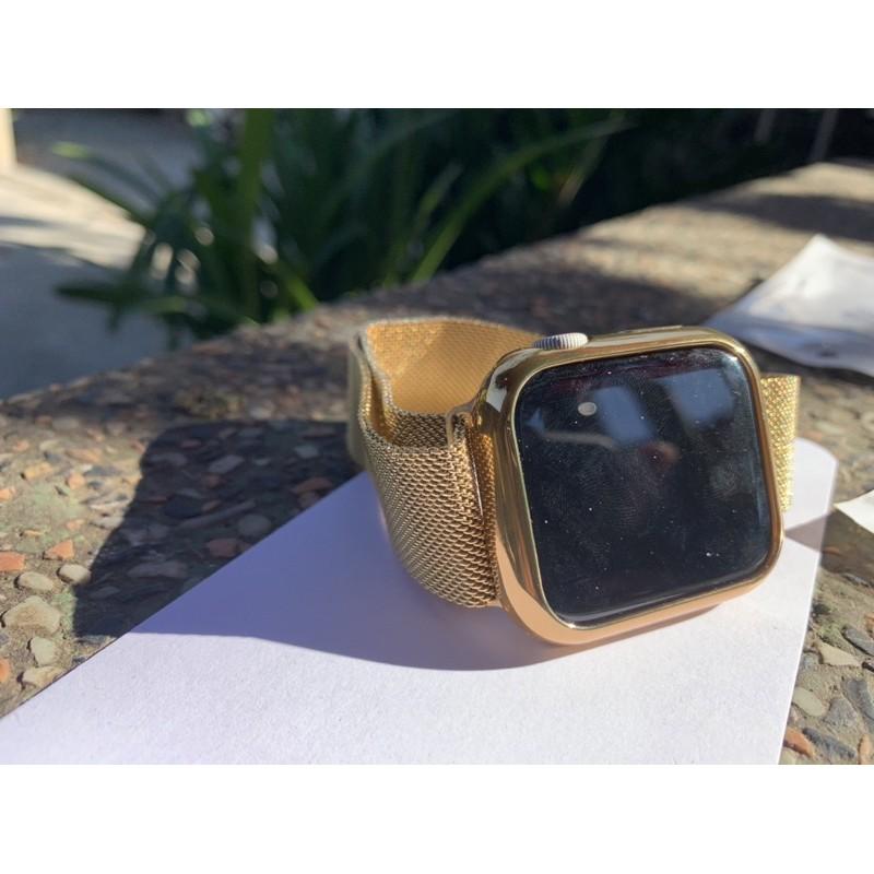 สายสแตนเลสกับเคสสีทองของApplewatch