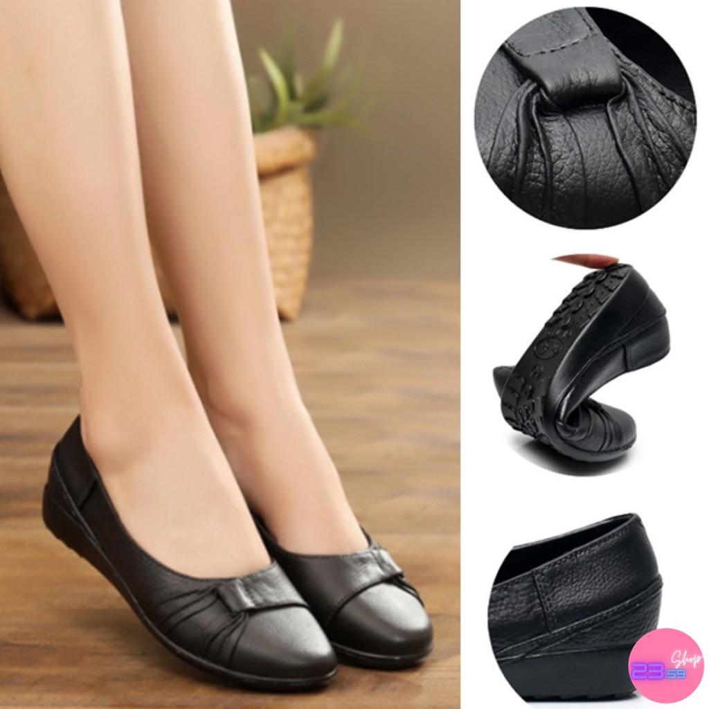 รองเท้าคัชชู สีดำล้วน พื้นยางนิ่มลายดอกไม้