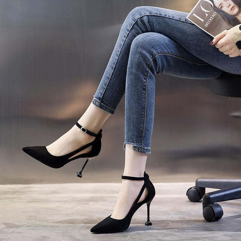 รองเท้าส้นสูง หัวแหลม ส้นเข็ม ใส่สบาย New Fshion รองเท้าคัชชูหัวแหลม  รองเท้าแฟชั่นหนึ่งคำหัวเข็มขัดรองเท้าส้นสูงผู้หญิง