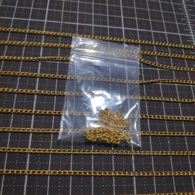 66โซ่สีทองเกลียว 1เส้น ขนาด 0.5มิล ยาว 30 ซม. ราคา 5 บาท