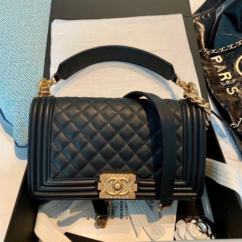 New Chanel Boy10'' Limited-Edition with Handle Prefall 20B Black