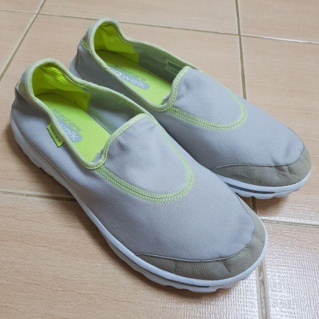 รองเท้าSkechers Go walk
