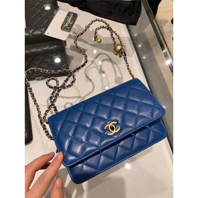 ぴ♘กระเป๋าChanel กระเป๋าหญิง Chanel รุ่นใหม่รูปสี่เหลี่ยมขนมเปียกปูนลูกปัดสีทองลูกบอลสีทองขนาดเล็กกระเป๋าโชคลาภกระเป๋าสาย