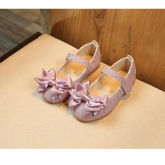 รองเท้าคัชชู  เด็ก กากเพชร ติดโบว์หน้า สีม่วง