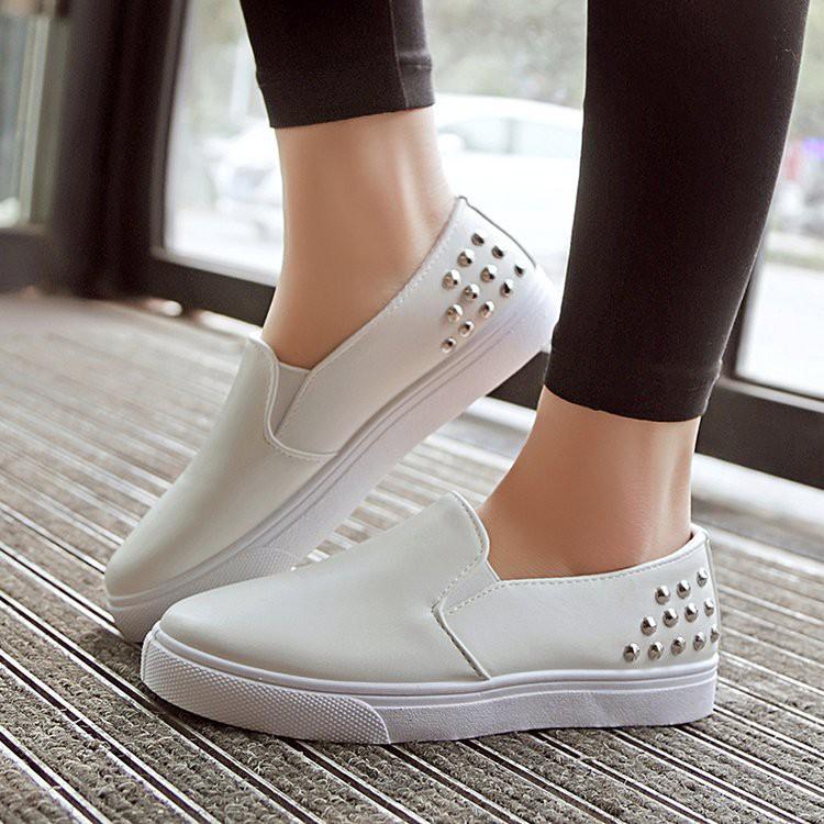 รองเท้าคัทชูผญ รองเท้าสลิปออน รองเท้าผู้หญิง รองเท้าผ้าใบ สไตล์เกาหลี แฟชั่นใหม่ ใส่ได้ทุกโอกาส [มีบริการเก็บเงินปลายทา