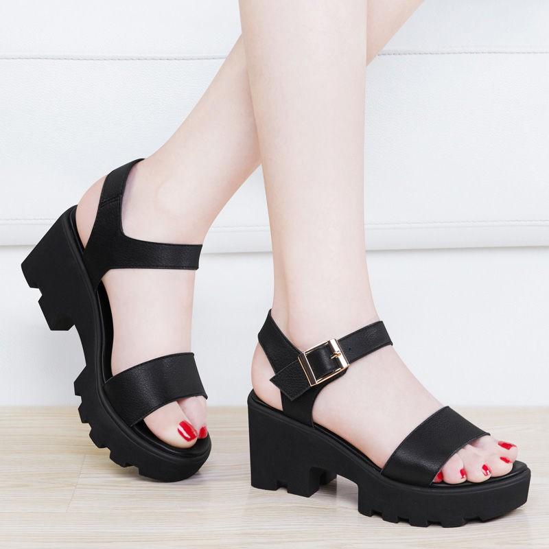 รองเท้าส้นสูง หัวแหลม ส้นเข็ม ใส่สบาย New Fshion รองเท้าคัชชูหัวแหลม  รองเท้าแฟชั่นรองเท้าแตะของผู้หญิงในช่วงฤดูร้อนส้นห