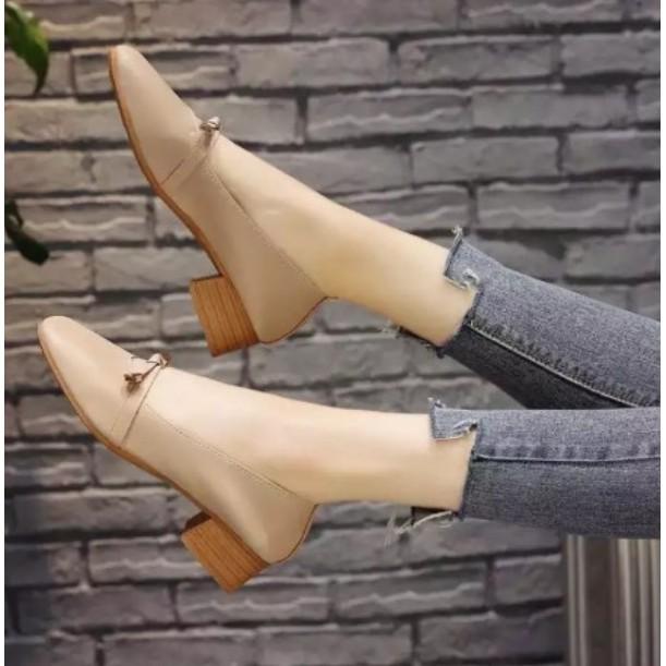 รองเท้าส้นตึก รองเท้าส้นเตารีด รองเท้าแตะ รองเท้าคัชชูสำหรับผู้หญิงมีส้น รุ่นหนัง TP14