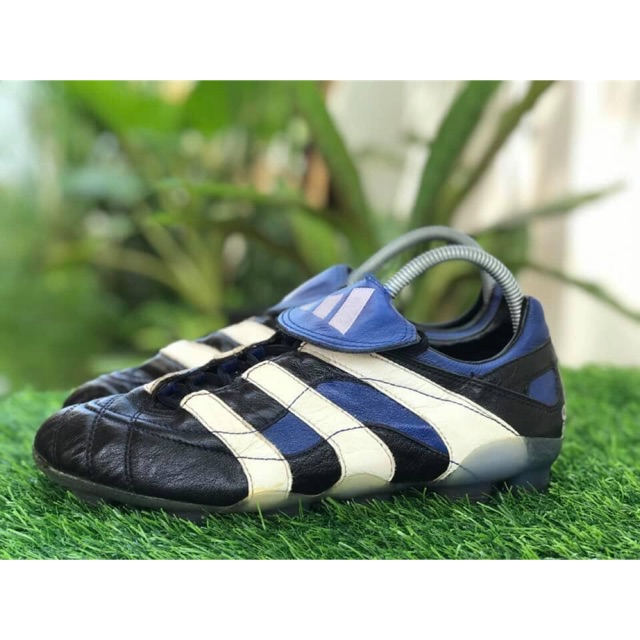 Adidas Predator Accelerator Football