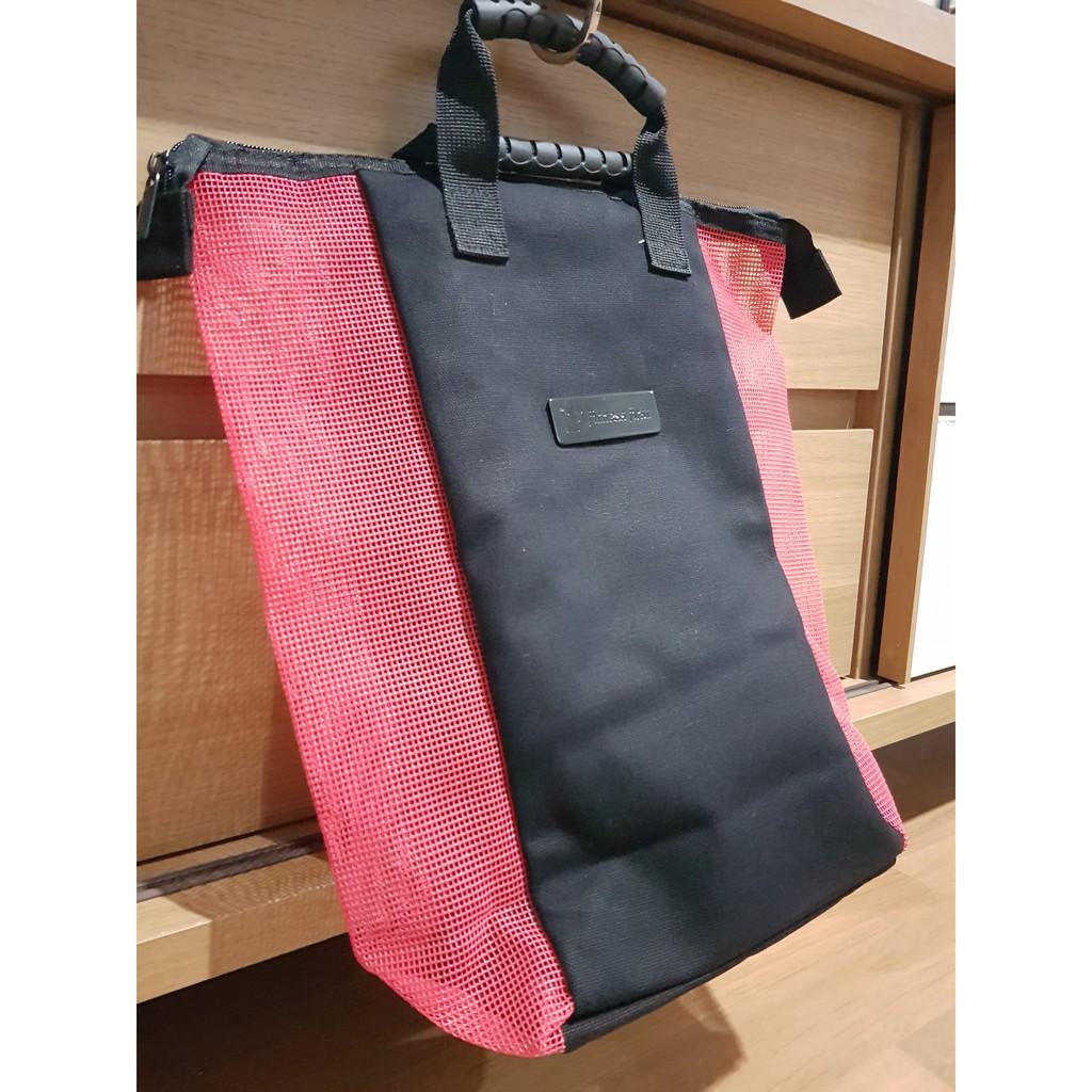 กระเป๋า Fitness First : สีแดงดำ