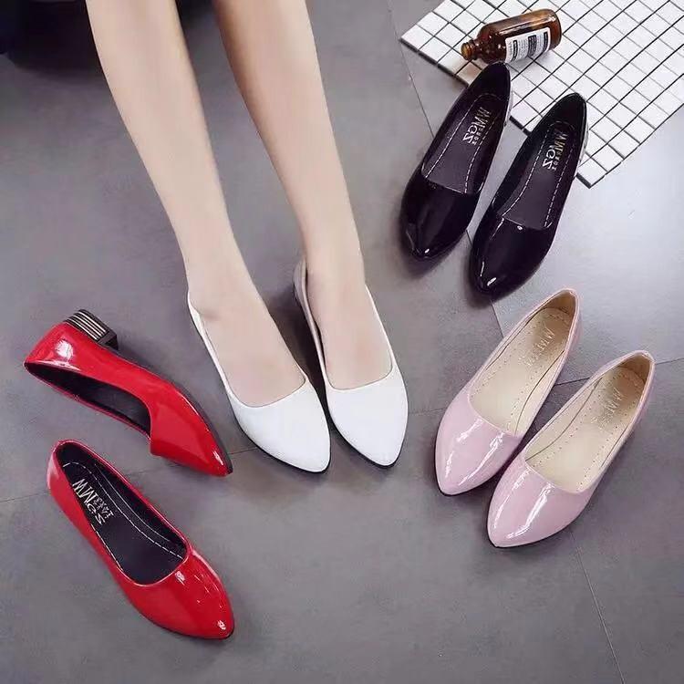 รองเท้า รองเท้าส้นสูง รองเท้าคัชชู ผู้หญิง รองเท้า รองเท้า เพื่อสุขภาพ รองเท้าผู้หญิง รองเท้า เด็กผู้หญิง รองเท้าแตะ