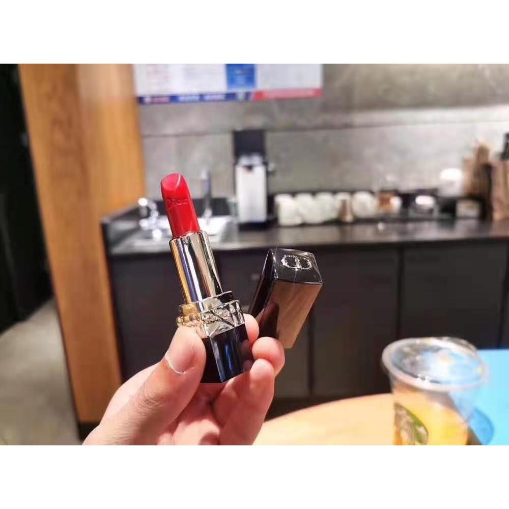 ดิออร์ 100% Dior สีแดง 999 ROUGE DIOR lipstick 999 satin Lipstick ลิปสติก