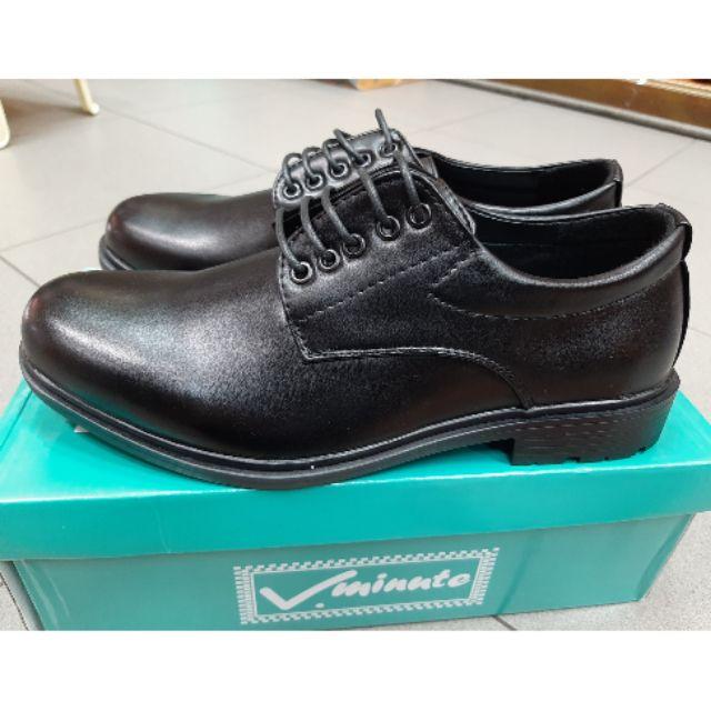รองเท้าคัชชูผู้ชาย รองเท้าหนังแบบผูกเชือก