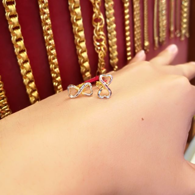 ต่างหูทองแท้ 96.5% เลเซอร์ทองคำขาวแท้ น้ำหนักทอง ครึ่งสลึง ราคา 4,400 บาท