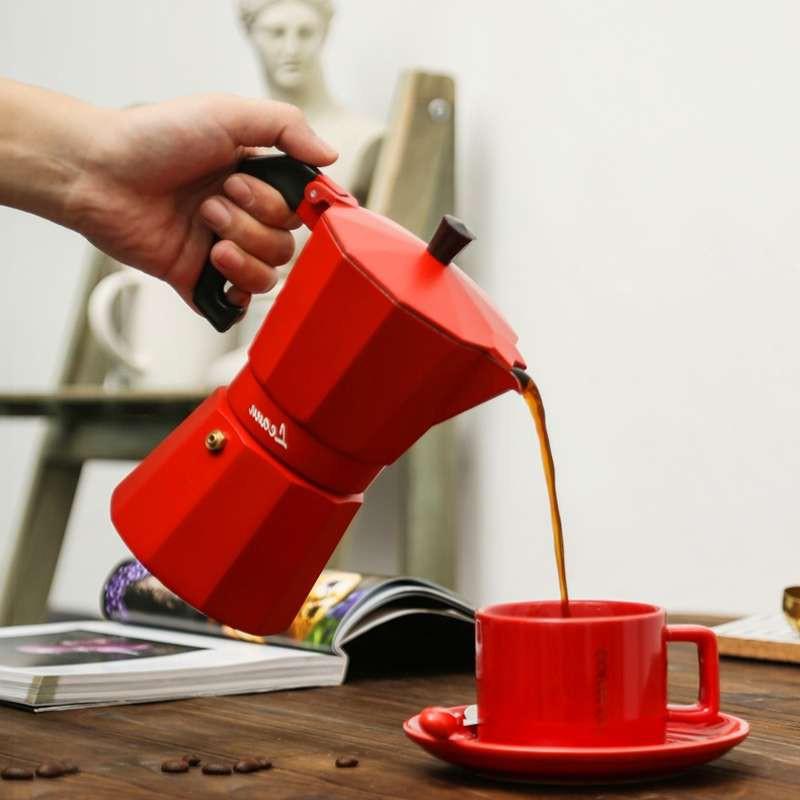 เตา moka pot✌เครื่องชงกาแฟหม้อมอคค่า เครื่องชงกาแฟ เครื่องชงกาแฟที่บ้าน หม้อกาแฟเอสเพรสโซ่ทำมืออิตาลีขนาดเล็ก1