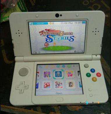 NEW 3DS สีขาว ลาย Disney Magic (Limited) + เมมฯ 16 GB แปลง