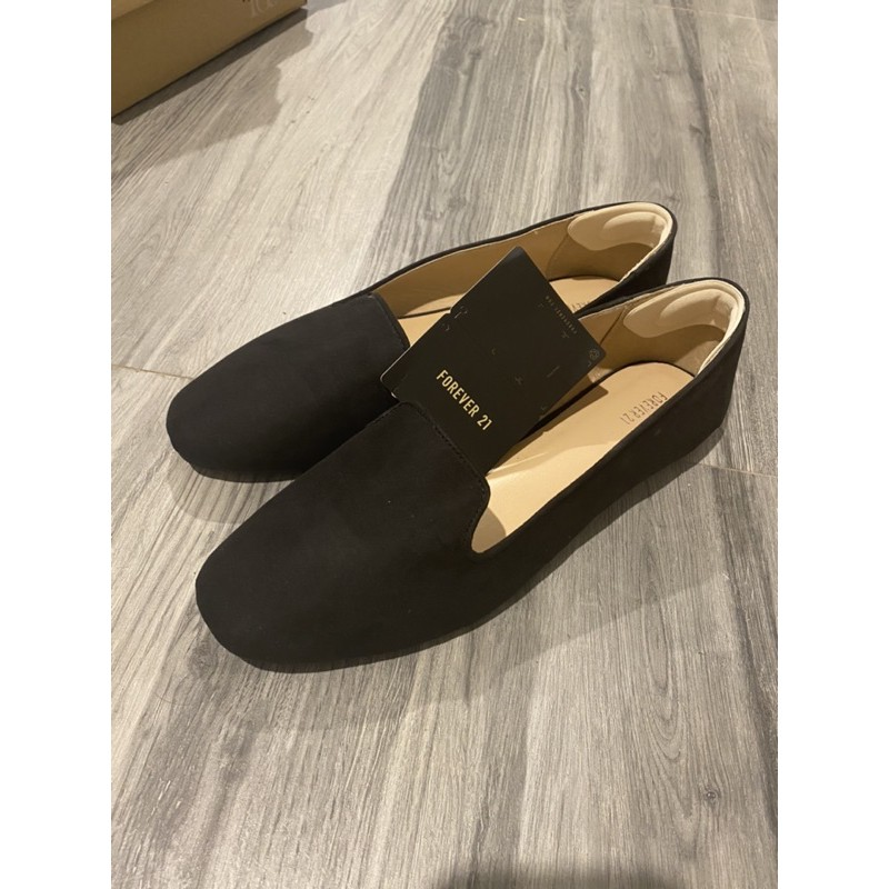 รองเท้าคัชชูสีดำ ผ้ากำมะหยี่ ไซด์40 /26cm