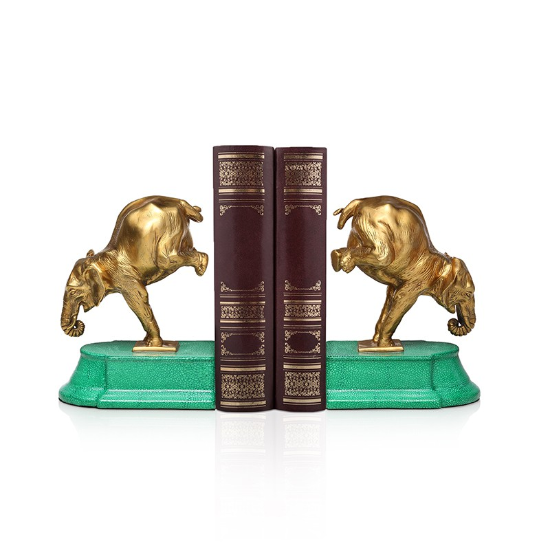☾∈✼American forest green elephant bookends, books rely on European-style compartments, wine cabinets, study desk decor