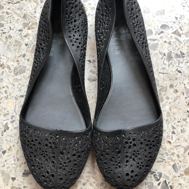 รองเท้าคัชชูสีดำลายลูกไม้ 36-37