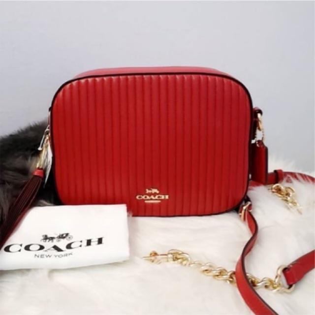 (ผ่อน0%) กระเป๋า สะพายข้าง หนังแท้ สีแดง Coach 31014 Camera Bag With Quilting