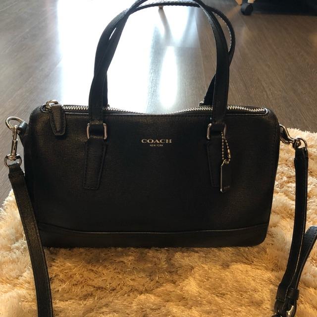 แท้!! กระเป๋าสะพายข้าง Coach Crossbody Bag สีดำ