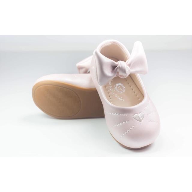 รองเท้าเด็กคัชชู ปักหน้ากระต่าย