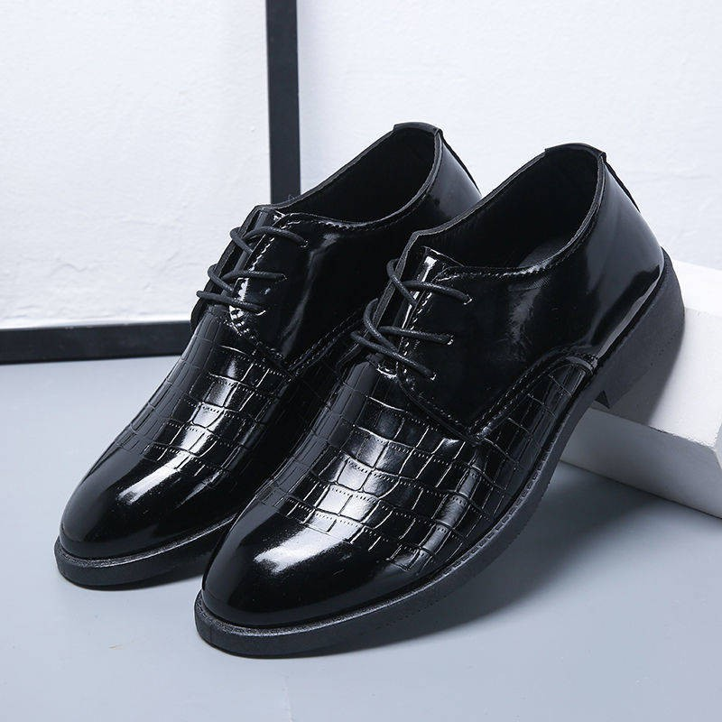รองเท้าชาย รองเท้าคัชชูผู้ชาย รองเท้าหนังลำลองสำหรับผู้ชายรุ่นใหม่ของอังกฤษรองเท้าสำหรับผู้ชายแบบผูกเชือกรองเท้าสำหรับผู