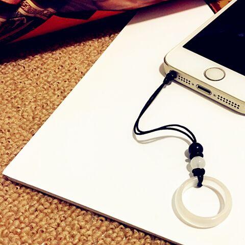 อุปกรณ์เสริมโทรศัพท์มือถือ♘❦[ซื้อ 1 แถม ฟรี] แหวนอาเกต คล้องสายโทรศัพท์มือถือแบบสั้น ซองใส่โทรศัพท์มือถือ สายคล้องโทรศัพ