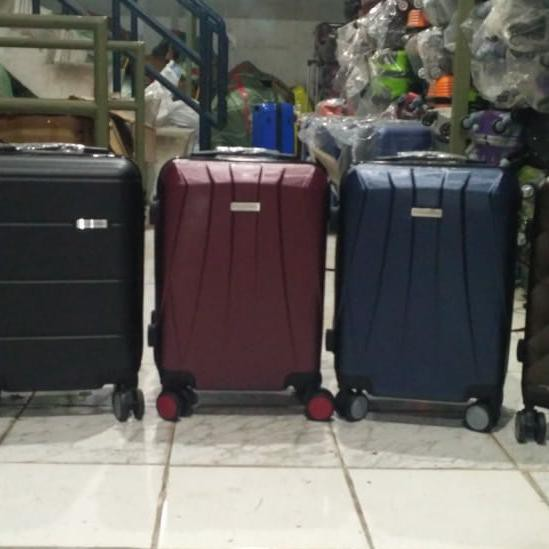 กระเป๋าเดินทางไฟเบอร์ Polo Dubai 18 นิ้ว 18 นิ้ว
