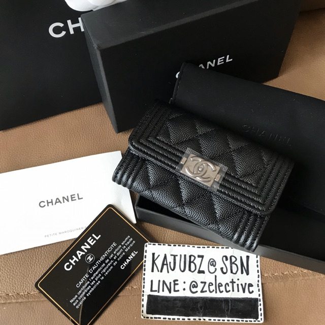 New Chanel Boy Caviar Card Holder RHW Holo29