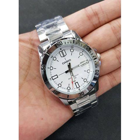นาฬิกา คาสิโอ Casio STANDARD Analog สายสแตนเลส MTP-VD01D-7E สินค้าประกันศูนย์ CMG ทุกเรือน