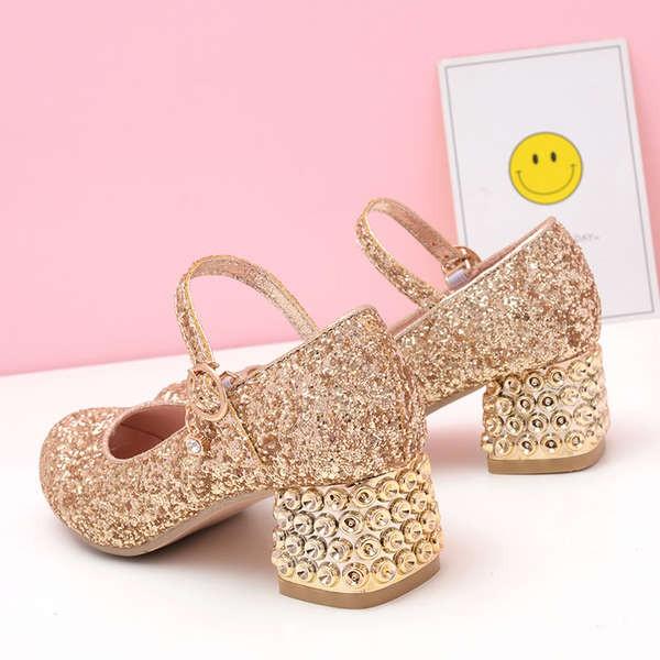 รองเท้าผ้าใบเด็กผู้หญิง รองเท้าฟุตซอล รองเท้าเดินป่า สลิปเปอร์ รองเท้าคัชชูส้นสูงสีเงินสำหรับผู้หญิงแสดงเวทีพิธีกรสาวรุ่