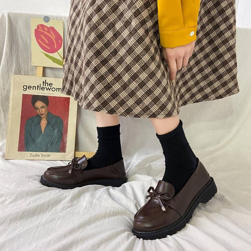 รองเท้าคัชชู ❦Lok Fu รองเท้าหญิง 2021 ใหม่ด้านล่างแบนอังกฤษรองเท้าหนังขนาดเล็ก jk ย้อนยุคป่าสีดำงานหนังนุ่ม♙