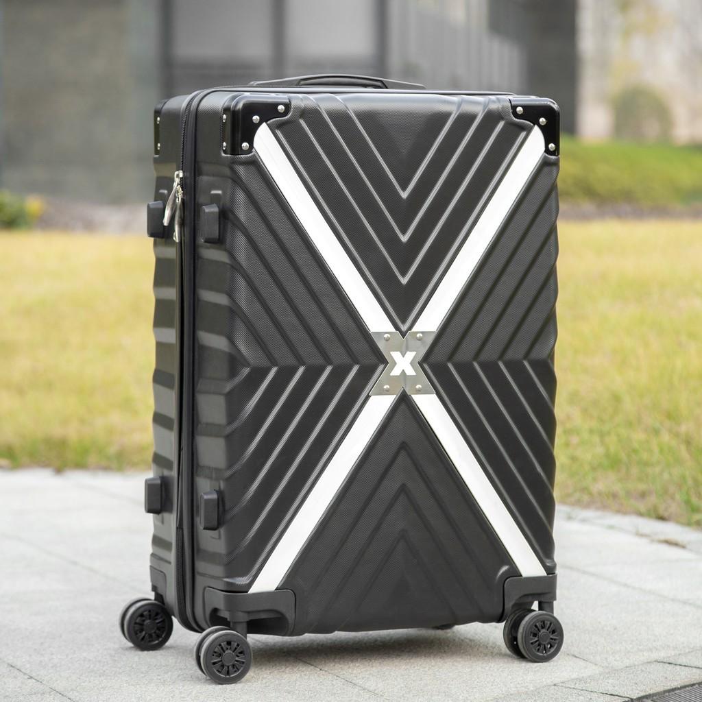 กระเป๋าเดินทาง กระเป๋าเดินทาง 20 นิ้ว กระเป๋าเดินทางมีล้อลาก 4 ล้อ เก็บสัมภาระ น้ำหนักเบา วัสดุ ABS+PC 20นิ้ว,24นิ้ว,28น