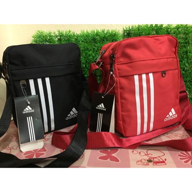 98a5a0844de9 กระเป๋า adidas mini vintage airliner bag