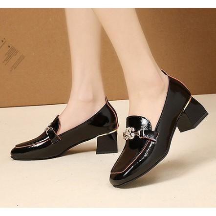 รองเท้า คัชชู5G สีดำลายเส้นตัดขอบ *อ่านก่อนสั่งซื้อ🛍